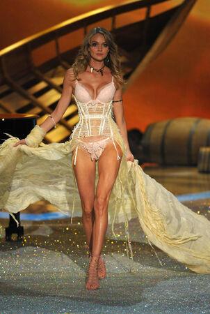 lindsay: NEW YORK, NY - NOVEMBER 13: Model Lindsay Ellingson walks the runway at the 2013 Victorias Secret Fashion Show at Lexington Avenue Armory on November 13, 2013 in New York City.
