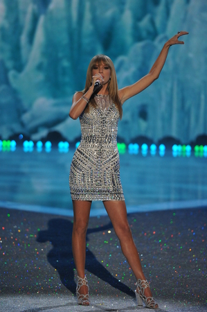 performs: NEW YORK, NY - NOVEMBER 13: Singer Taylor Swift performs at the 2013 Victorias Secret Fashion Show at Lexington Avenue Armory on November 13, 2013 in New York City.