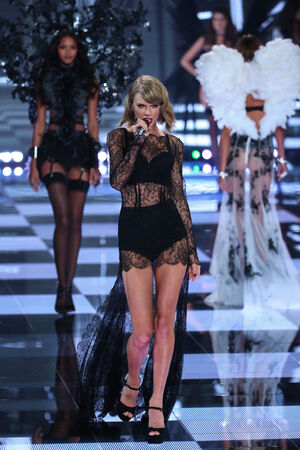 taylor: LONDON, ENGLAND - DECEMBER 02: Singer Taylor Swift performs during the 2014 Victorias Secret Fashion Show on December 2, 2014 in London, England.