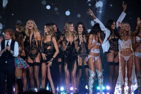 finale: LONDON, ENGLAND - DECEMBER 02: Victorias Secret models pose together during the show finale of the 2014 VS Fashion Show on December 2, 2014 in London, England.