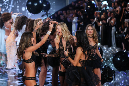 finale: LONDON, ENGLAND - DECEMBER 02: Models (L-R) Alessandra Ambrosio, Karlie Kloss, Adriana Lima, Behati Pinsloo during 2014 VS Fashion Show finale on December 2, 2014 in London, England.