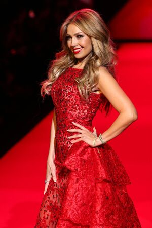 NEW YORK, NY - FEBRUARY 12: Singer Thalia walks the runway at the Go Red For Women Red Dress Collection 2015 presented by Macy's fashion show during MBFW Fall 2015 at Lincoln Center on February 12, 2015 in NYC Publikacyjne