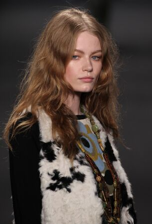 sui: NEW YORK, NY - FEBRUARY 18: Model Hollie-May Saker walks the runway at the Anna Sui fashion show during MBFW Fall 2015 at Lincoln Center on February 18, 2015 in NYC