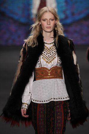 sui: NEW YORK, NY - FEBRUARY 18: Model Julia Nobis walks the runway at the Anna Sui fashion show during MBFW Fall 2015 at Lincoln Center on February 18, 2015 in NYC Editorial