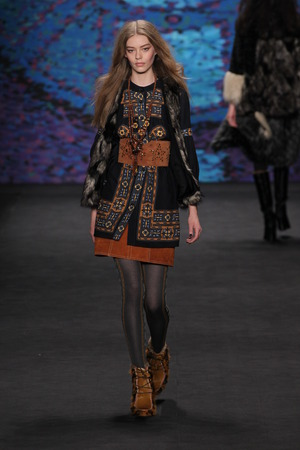 sui: NEW YORK, NY - FEBRUARY 18: Model Ondria Hardin walks the runway at the Anna Sui fashion show during MBFW Fall 2015 at Lincoln Center on February 18, 2015 in NYC Editorial