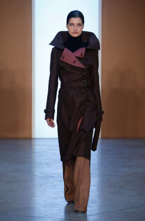 os: NEW YORK, NY - FEBRUARY 15: Model Julia van Os walk the runway at the Derek Lam Fashion Show during MBFW Fall 2015 at Pace Gallery on February 15, 2015 in NYC Editorial