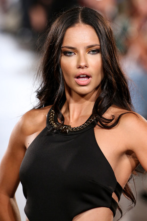 adriana: NEW YORK, NY - SEPTEMBER 13: Model Adriana Lima walks Carmen Steffens runway at the FTL Moda SS2016 during NYFW at Vanderbilt Hall at Grand Central Terminal, on September 13, 2015 in NYC.