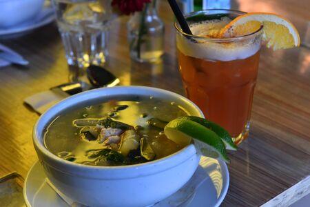 sopa: Sopa De Pollo Con Vegetales - Chicken soup with spinach, zucchini, potato, roasted tomato and lime
