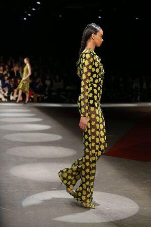 v neck: NEW YORK, NY - FEBRUARY 13: A model walks the runway wearing Christian Siriano Fall 2016 during New York Fashion Week on February 13, 2016 in NYC.