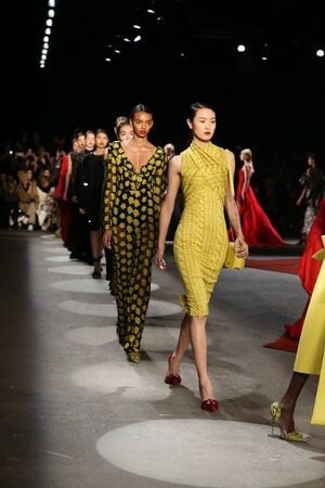 cable knit: NEW YORK, NY - FEBRUARY 13: Models walk the runway wearing Christian Siriano Fall 2016 during New York Fashion Week on February 13, 2016 in NYC. Editorial