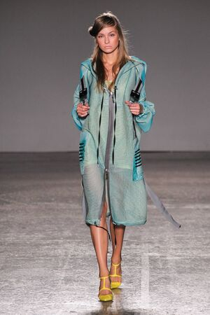 non conformist: MILAN, ITALY - SEPTEMBER 26: A model walks the runway during the Sergei Grinko show as a part of Milan Fashion Week Womenswear SpringSummer 2016 on September 26, 2015 in Milan, Italy.