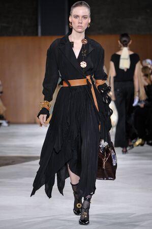 lvmh: PARIS, FRANCE - MARCH 4: Model Kiki Willems walks runway at the Loewe show during Paris Fashion Week AutumnWinter 201617 on March 4, 2016 in Paris, France.