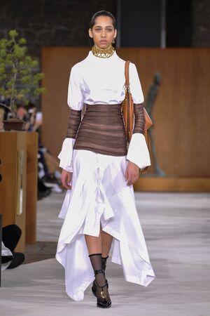 lvmh: PARIS, FRANCE - MARCH 4: Model Yasmin Wijnaldum walks runway at the Loewe show during Paris Fashion Week AutumnWinter 201617 on March 4, 2016 in Paris, France. Editorial