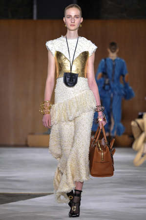 lvmh: PARIS, FRANCE - MARCH 4: A Model walks runway at the Loewe show during Paris Fashion Week AutumnWinter 201617 on March 4, 2016 in Paris, France. Editorial