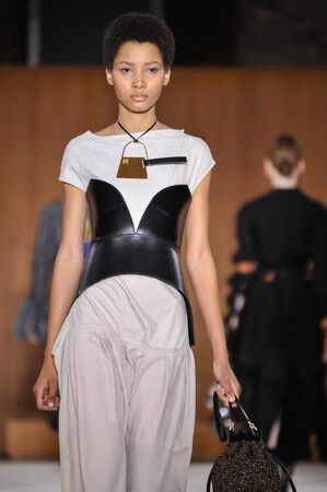 lvmh: PARIS, FRANCE - MARCH 4: Model Lineisy Montero walks runway at the Loewe show during Paris Fashion Week AutumnWinter 201617 on March 4, 2016 in Paris, France.