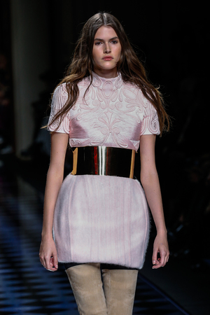 supermodel: PARIS, FRANCE - MARCH 03: Vanessa Moody walks the runway during the Balmain show as part of the Paris Fashion Week Womenswear FallWinter 20162017 on March 3, 2016 in Paris, France. Editorial