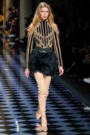 maxwell: PARIS, FRANCE - MARCH 03: Stella Maxwell walks the runway during the Balmain show as part of the Paris Fashion Week Womenswear FallWinter 20162017 on March 3, 2016 in Paris, France. Editorial