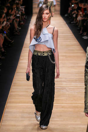 female sexy chains: PARIS, FRANCE - SEPTEMBER 30: A model walks the runway during the Guy Laroche show as part of the Paris Fashion Week Womenswear SpringSummer 2016 on September 30, 2015 in Paris, France. Editorial