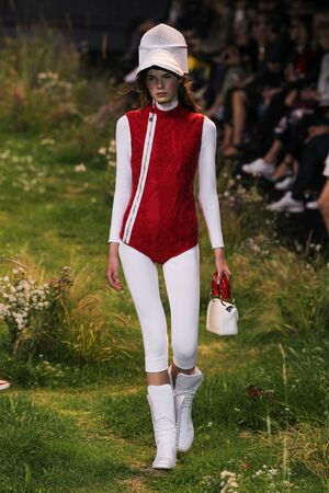 PARIS, FRANCE - OCTOBER 07: A model walks the runway during the Moncler Gamme Rouge show as part of the Paris Fashion Week Womenswear SpringSummer 2016 on October 7, 2015 in Paris, France.
