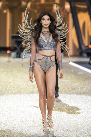 PARIS, FRANCE - NOVEMBER 30: Lily Aldridge walks during the 2016 Victorias Secret Fashion Show on November 30, 2016 in Paris, France. Editorial