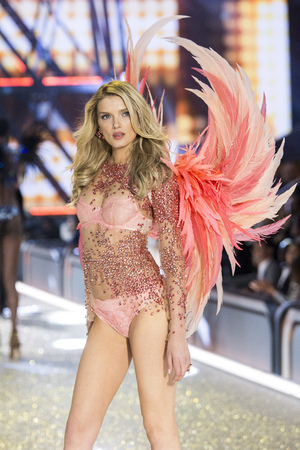 PARIS, FRANCE - NOVEMBER 30: Lily Donaldson walks the runway at the Victorias Secret Fashion Show on November 30, 2016 in Paris, France.