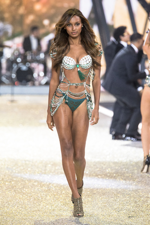 PARIS, FRANCE - NOVEMBER 30: Jasmine Tookes walks the runway at the Victorias Secret Fashion Show on November 30, 2016 in Paris, France.