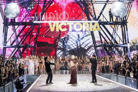 gaga: PARIS, FRANCE - NOVEMBER 30: Bruno Mars, Lady Gaga and Weeknd walk the runway at the Victorias Secret Fashion Show on November 30, 2016 in Paris, France.