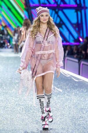 PARIS, FRANCE - NOVEMBER 30: Rachel Hilbert walks the runway at the Victorias Secret Fashion Show on November 30, 2016 in Paris, France.