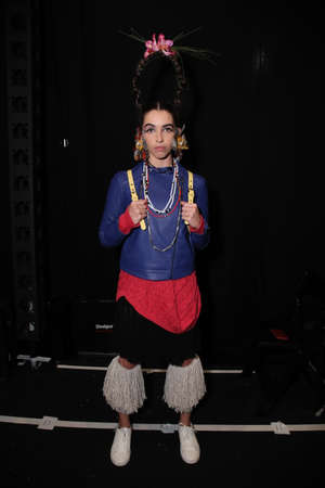 NEW YORK, NY - SEPTEMBER 07: A model posing backstage before the Desigual fashion show during New York Fashion Week on September 7, 2017 in New York City. Imagens - 86350673