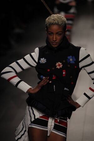 NEW YORK, NY - SEPTEMBER 07: A model walks the runway for Desigual fashion show during New York Fashion Week on September 7, 2017 in New York City. Imagens - 86406498