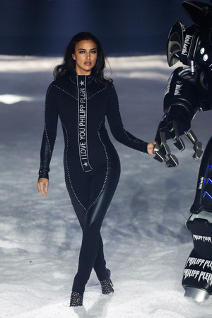 NEW YORK, NY - FEBRUARY 10: Irina Shayk walks the runway at the Philipp Plein fashion show during New York Fashion Week: The Shows on February 10, 2018 in New York City.