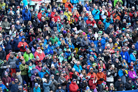 KILLINGTON, USA - NOVEMBER 24: A general view during the Audi FIS Alpine Ski World Cup Womens Giant Slalom on November 24, 2018 in Killington USA. 新聞圖片