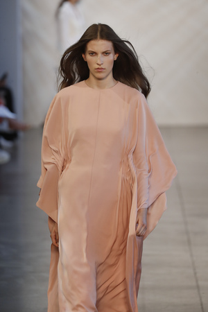 NEW YORK, NY - SEPTEMBER 06: A model walks the runway for Noon by Noor during New York Fashion Week: The Shows at Gallery II at Spring Studios on September 6, 2018 in New York City.