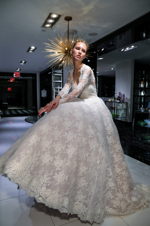 NEW YORK, NY - APRIL 10: Model Milena Garbo presenting bridal gown during the Gracy Accad Spring 2020 bridal presentation at Blumingdales store on April 10, 2019 in NYC. Sajtókép