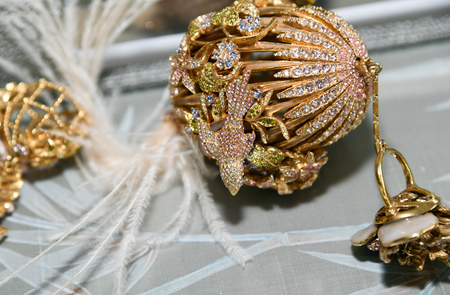 NEW YORK, NY - APRIL 15: Jewelry created in partnership with Ines Di Santo and Ciner presented during the Ines Di Santo Spring 2020 bridal fashion presentation at New York Fashion Week: Bridal on Apri 報道画像