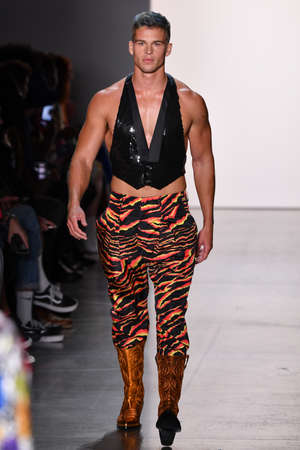NEW YORK, NEW YORK - SEPTEMBER 06: A model walks the runway for Jeremy Scott during NYFW: The Shows at Gallery I at Spring Studios on September 06, 2019 in NYC Editorial
