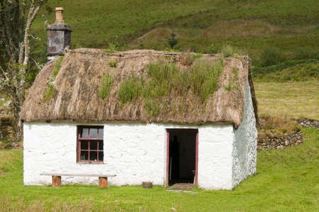 thatched roof: A deserted scottish cottage