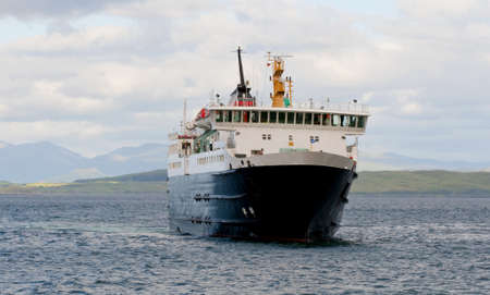 ferries: Car ferry in the scottish highlands