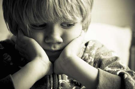 Kindesmissbrauch Standard-Bild - 15869189