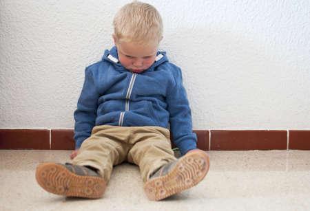 Missbrauchten Kindes Standard-Bild - 20569740