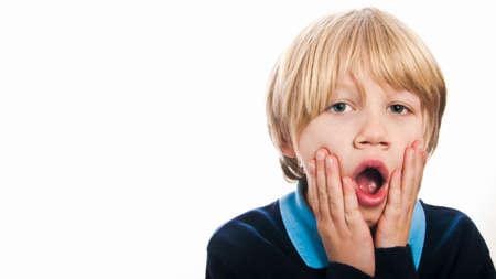 niños malos: Sorprendido niño de la escuela Foto de archivo