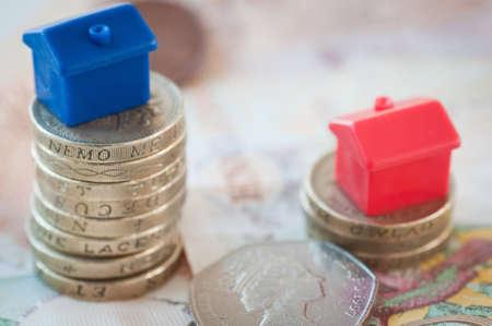 Hypothekar-Kosten Standard-Bild - 54908348