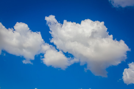 Sunny day with bluesky and cloud nature background 版權商用圖片