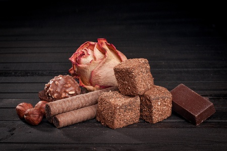 Turkish delight sweets and dry rosebud