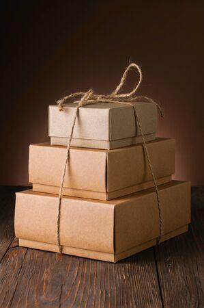 茶色の背景のボックス 写真素材