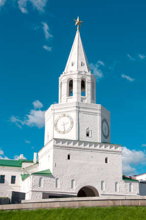 spasskaya: KAZAN, RUSSIA - AUGUST 20, 2015: Spasskaya tower of the Kazan Kremlin