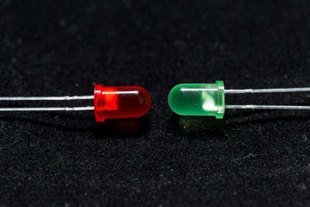 leds: LEDs de archivo - Verde y Roja