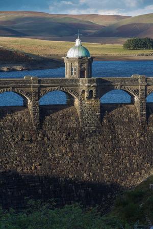 craig: The Craig Goch dam and reservoir. Autumn fall  tree colours.