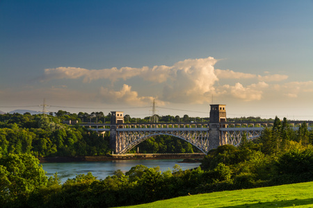 britannia: Robert Stephenson Britannia Bridge carries road and railway across the Menai Straits between, Snowdonia and Anglesey. Wales, United Kingdom Stock Photo
