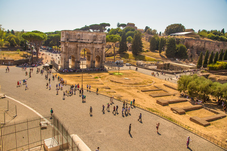 corinthian column: ROME � AUGUST 26: Looking towards the Arch of Constantine on August 26, 2016 in Rome